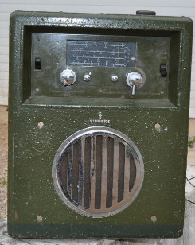 surplus militaire radio